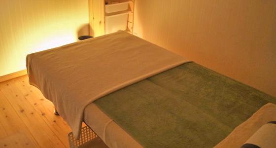 独立した初診室と個室治療室でプライバシーを守ります。